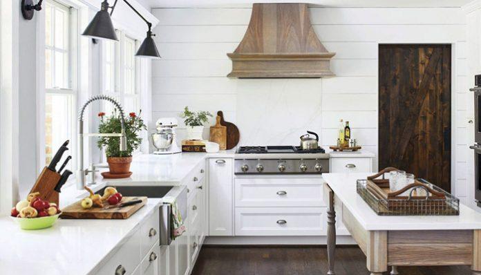 DIY Farmhouse Kitchen