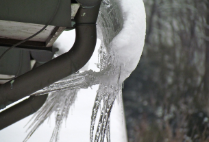 How to Keep Your Gutters Clean and Efficient